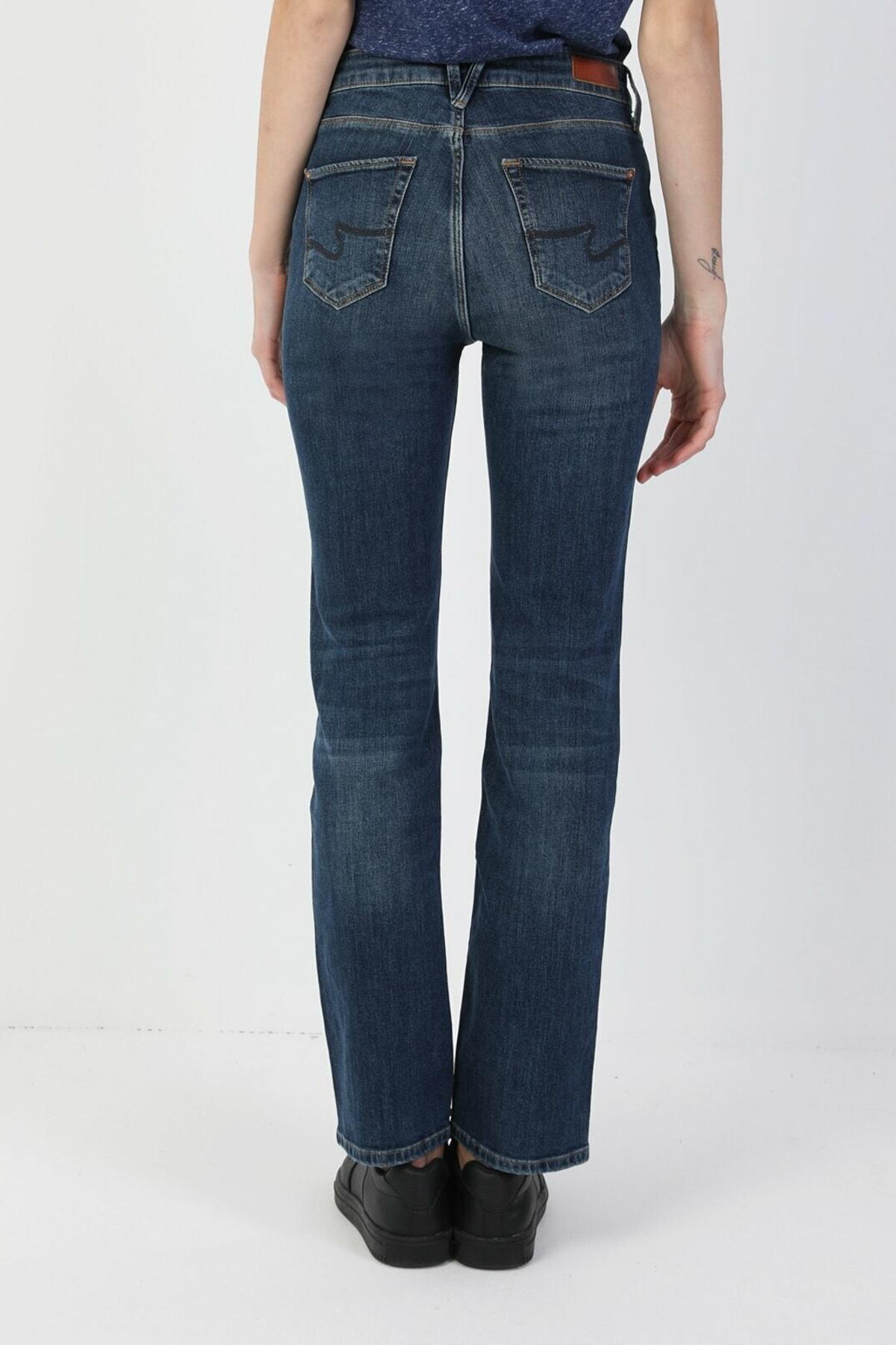 Colin's 792 Mila Normal Kesim Normal Bel Düz Paça Mavi Kadın Pantolon CL1048932 2