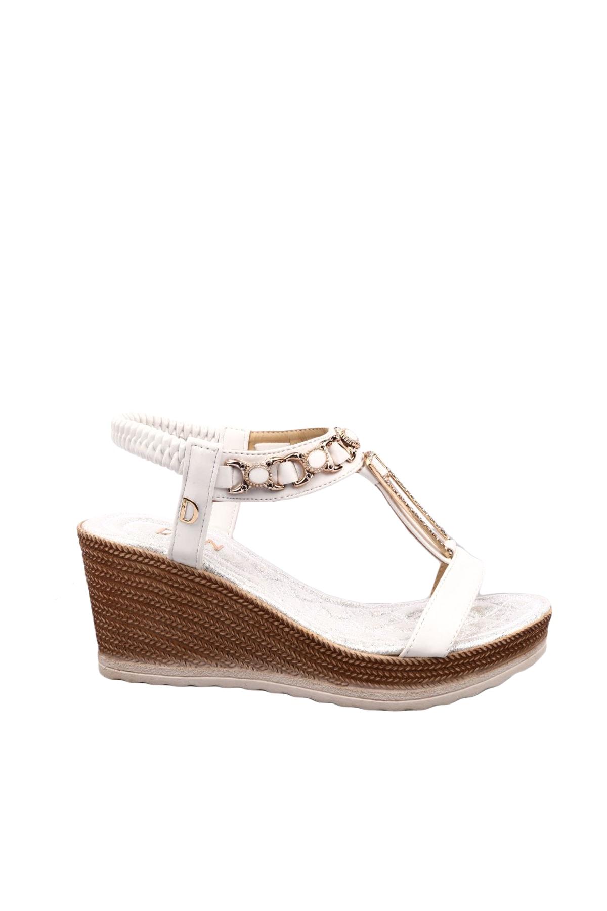 DGN Beyaz Kadın Sandalet 2