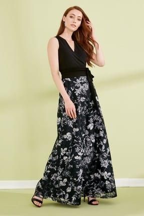 Journey Kadın Siyah Çiçekli Elbise Kruvaze Kemer Kuşak Bağlama Detaylı Evaze Dantel Uzun Abiye 19YELB168
