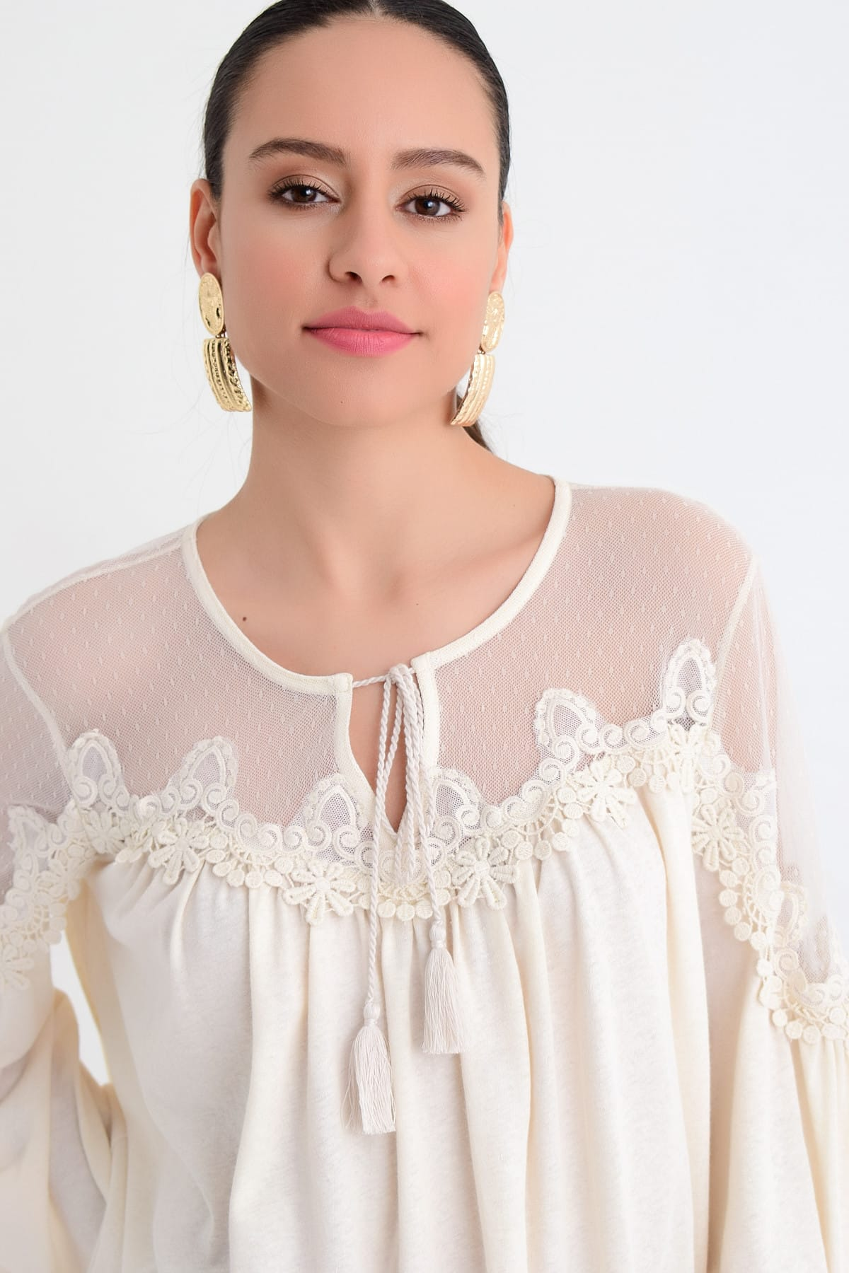 Hanna's by Hanna Darsa Kadın Beyaz Tül Detaylı Dantelli Uzun Kollu Bluz HN1746 2