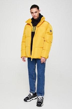Pull & Bear Erkek Sarı Basic Renkli Şişme Mont 05713525