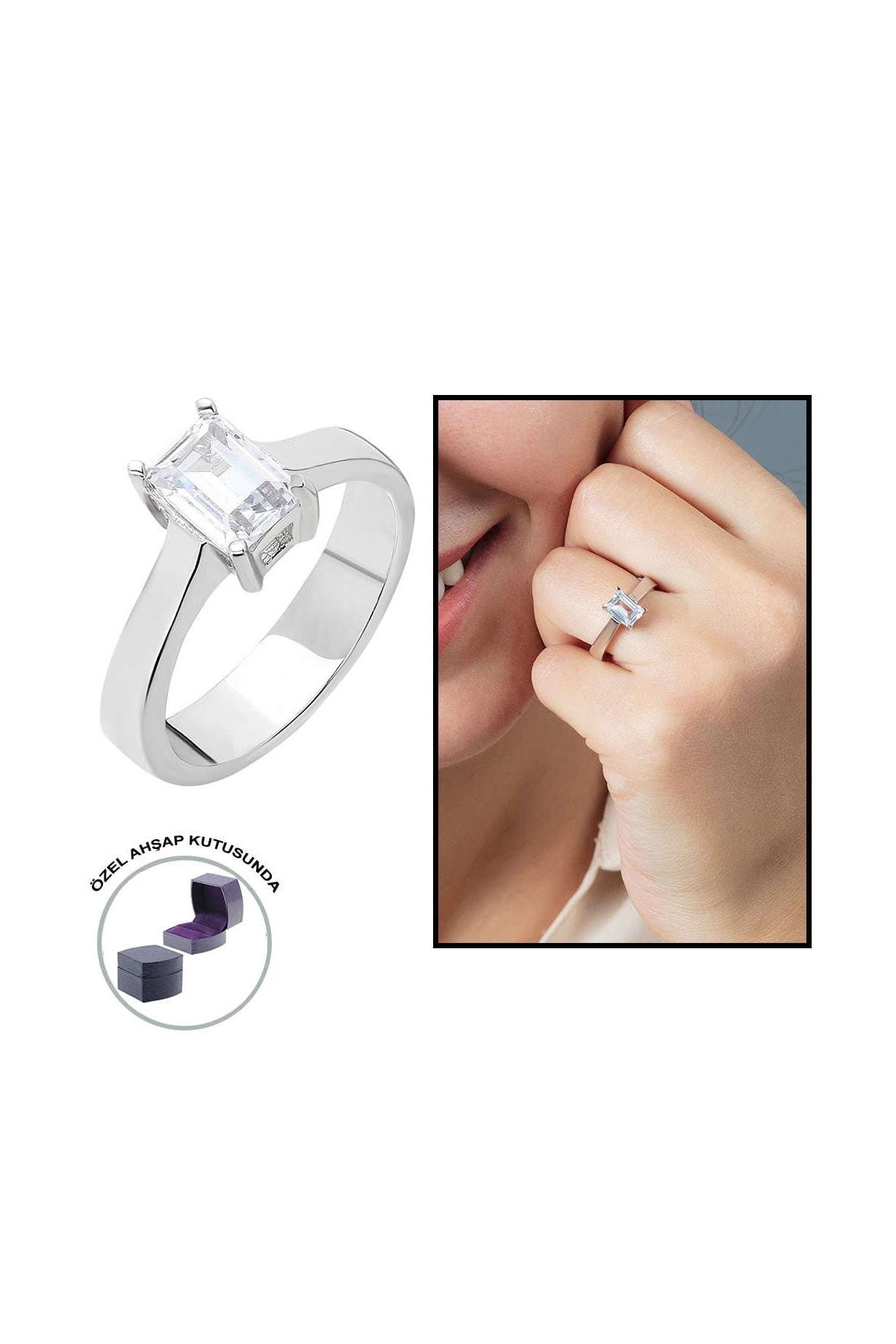 Tesbihane Starlight Diamond Pırlanta Montür Minimal Tasarım 925 Ayar Gümüş Bayan Baget Yüzük 102001792