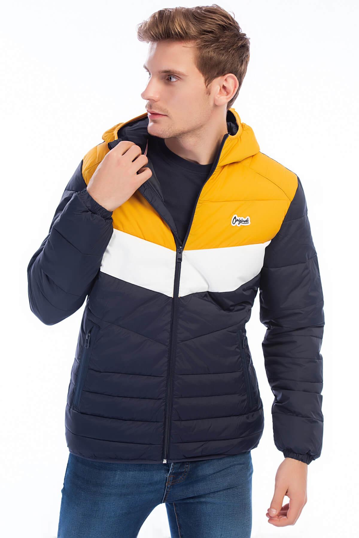 Jack & Jones Mont - Bend Original Puffer Jacket 12138349 1