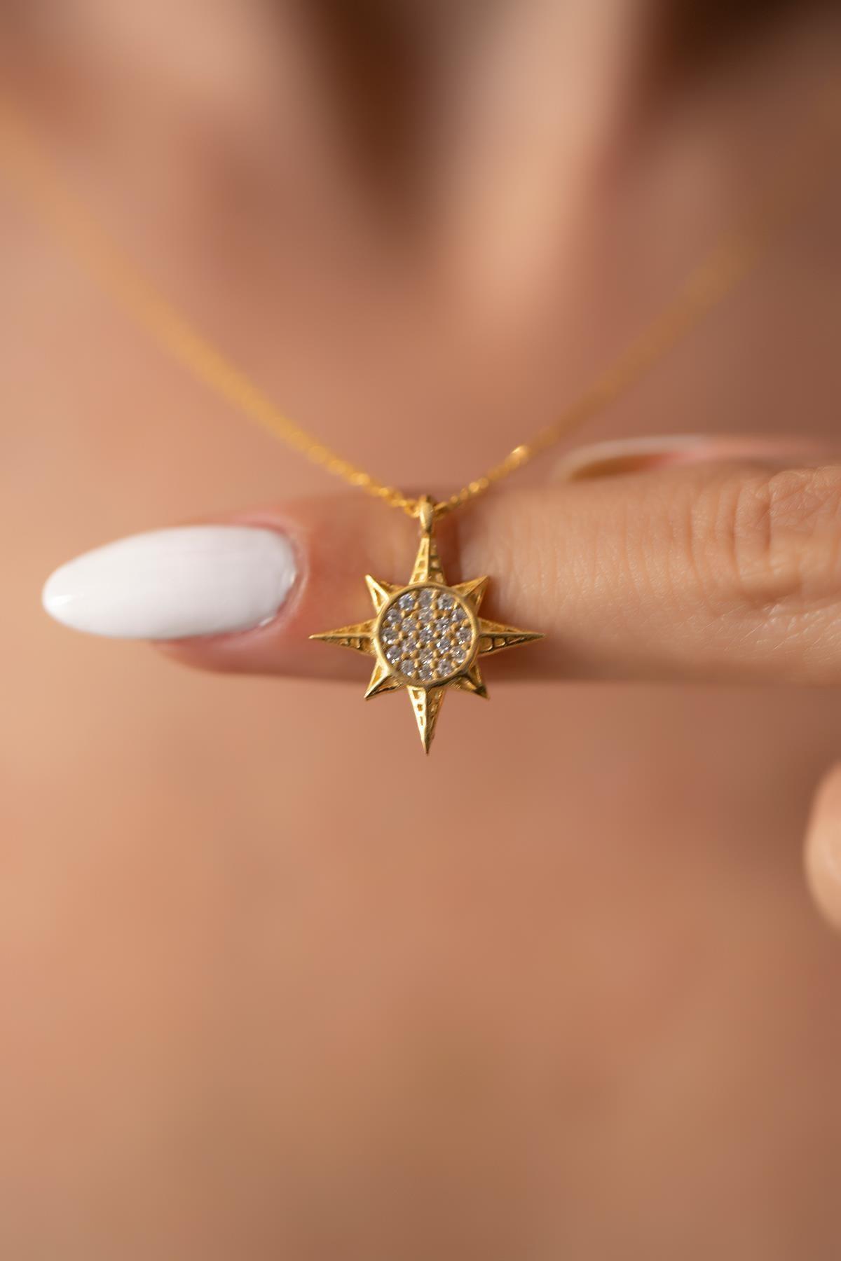 İzla Design Kadın Kutup Yıldızı Model Altın Kaplama Gümüş Kolye PKT-İZLASLVR00694