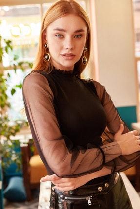 Olalook Kadın Siyah Yaka Detaylı Kolu Tül Bluz BLZ-19000661