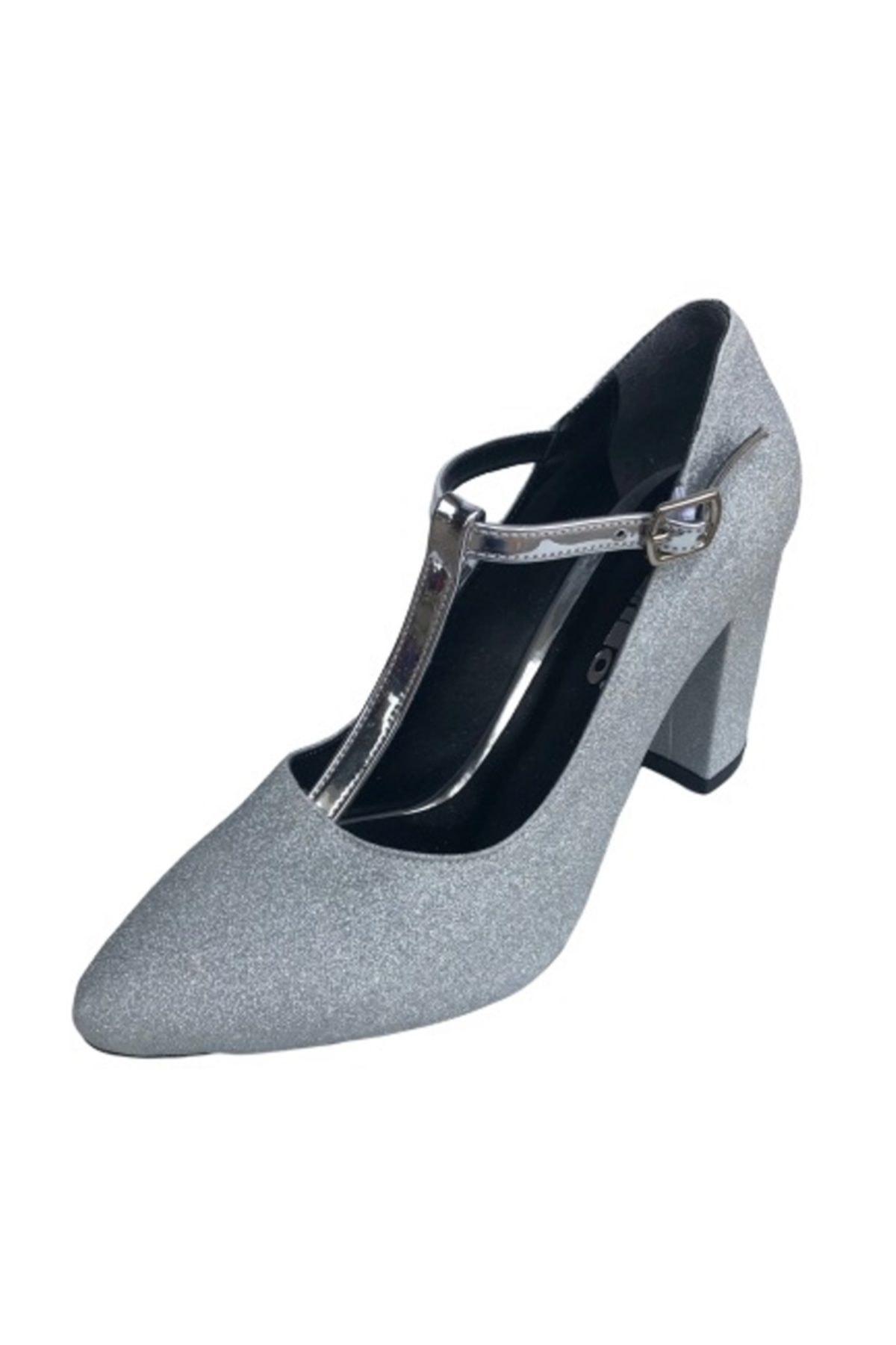 PUNTO 410101-09 Gümüş  Kare Topuk Simli Bayan Ayakkabı 1