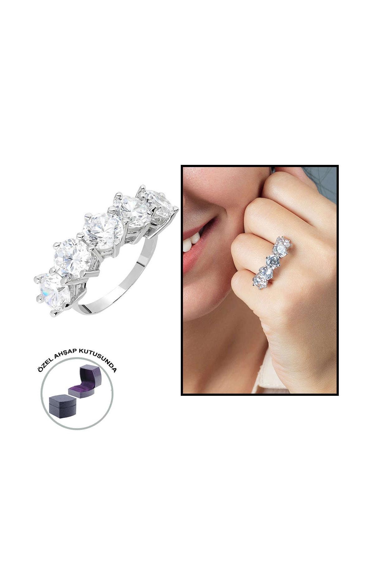 Tesbihane Starlight Diamond Pırlanta Montür 925 Ayar Gümüş Bayan Baget Yüzük 102001796