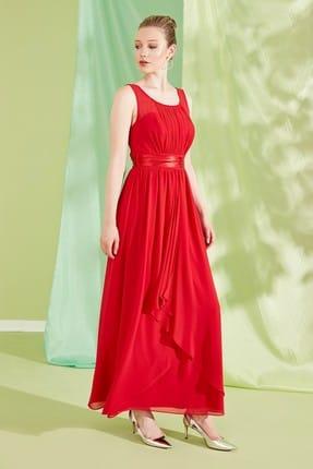 Journey Kadın Koyu Kırmızı U Yaka Ön Beden İnce Pile Detaylı Saten Kuşaklı Abiye Elbise 19YELB129