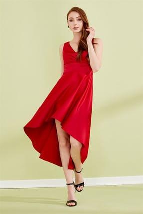 Journey Kadın Kırmızı Ön Arka V Yaka Göğüs Üstü Pile Detaylı Ön Kısa Arka Uzun Saten Abiye Elbise 19YELB156