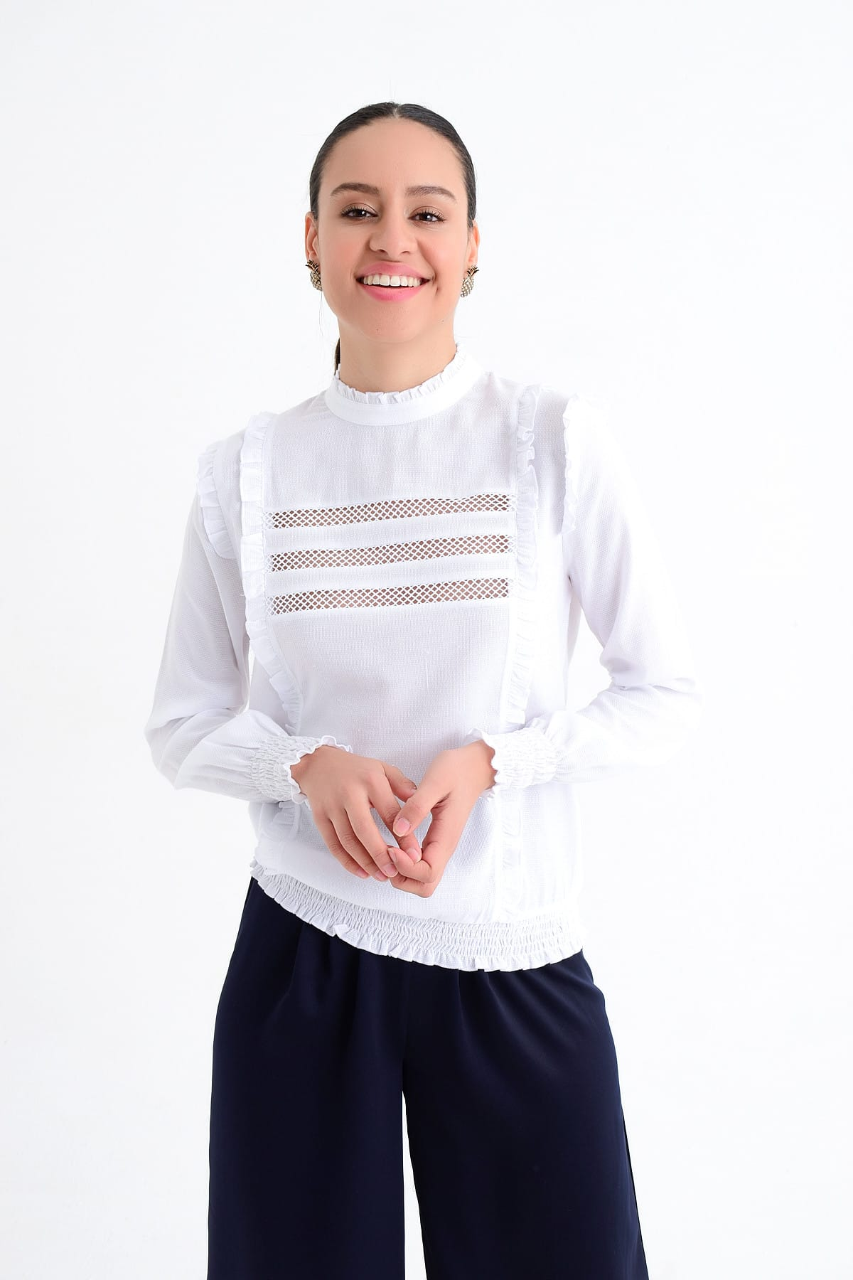 Hanna's by Hanna Darsa Kadın Beyaz Uzun Kollu Fırfır Ve Lastik Detaylı Detaylı Bluz HN1823 2