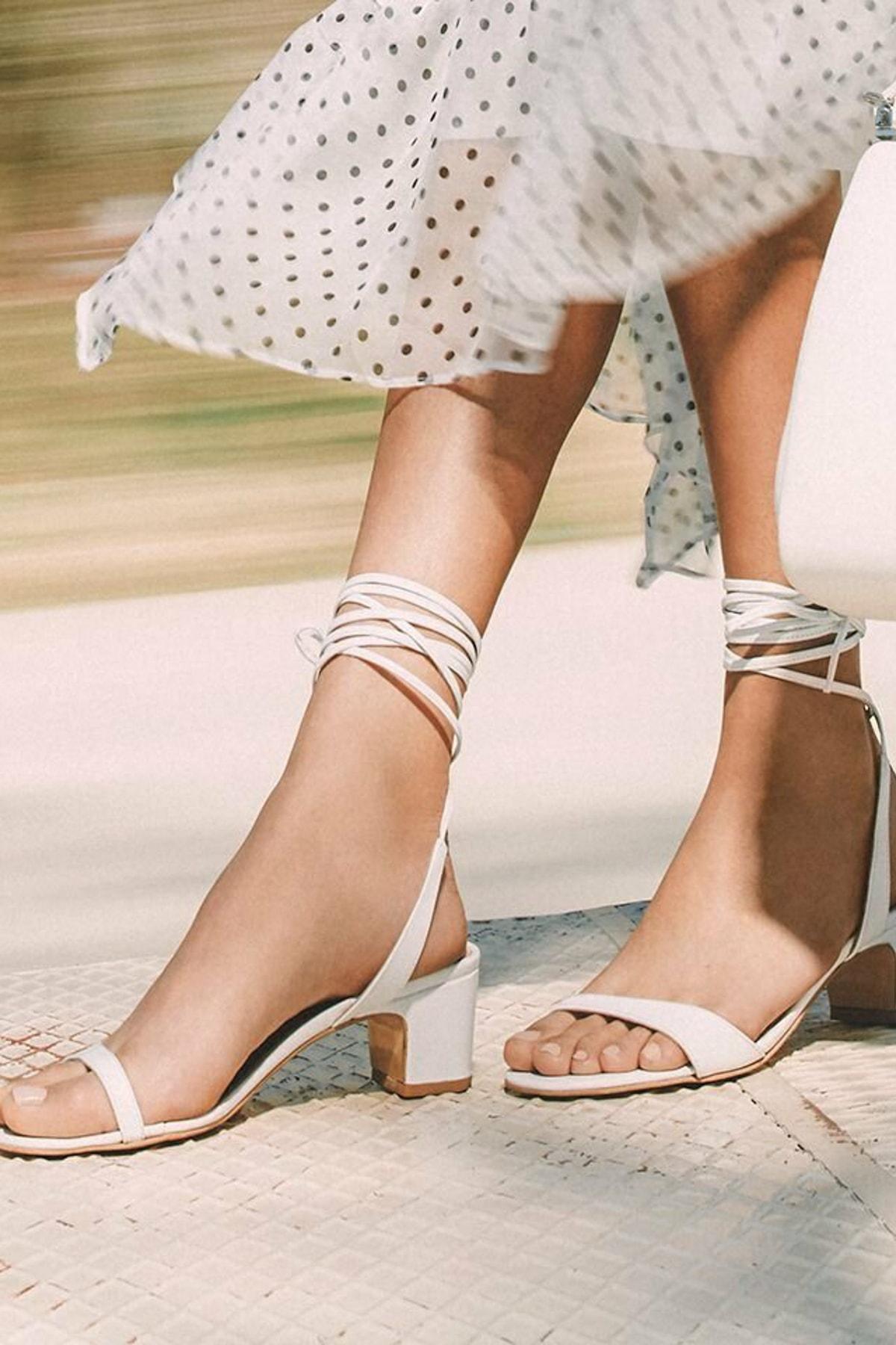 Hotiç Hakiki Deri Beyaz Kadın Sandalet 01SAH144290A900 1