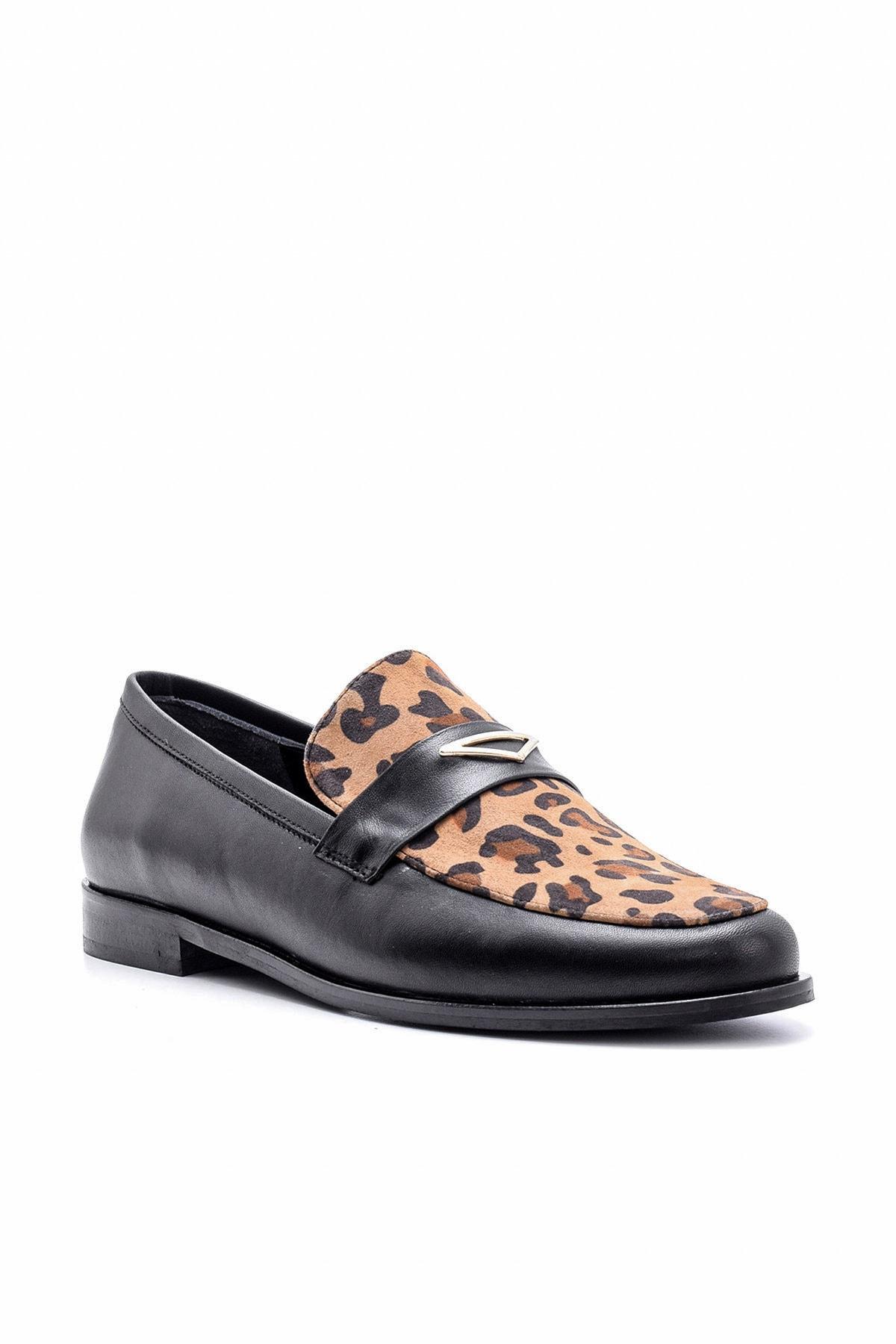 Derimod Hakiki Deri Siyah Leopar Kadın Ayakkabı 2