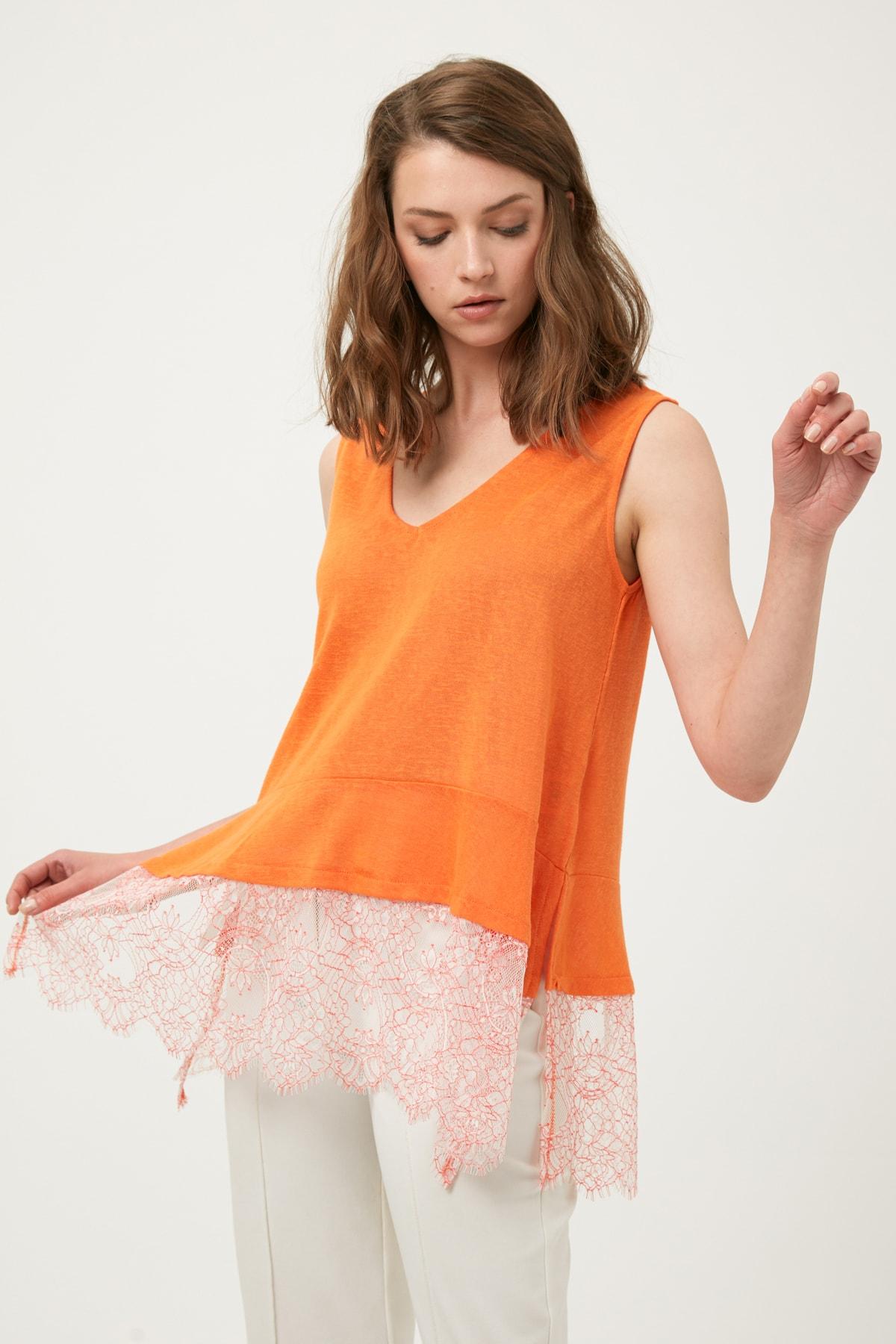 İpekyol Kadın Turuncu Eteği Dantel Mixli Tshirt IS1190070350127 1