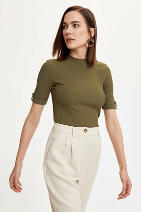 DeFacto Kadın Haki Örme Kısa Kollu T-Shirt N3436AZ.20SP.KH82