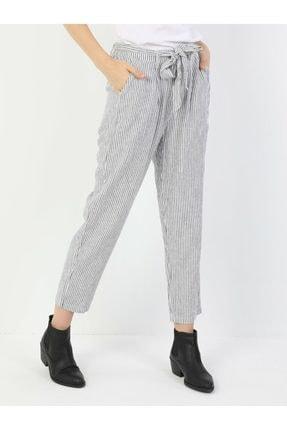 Colin's Regular Fit Orta Bel Düz Paça Kadın Beyaz Pantolon