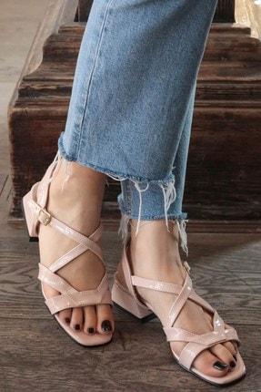 Mio Gusto Dora Pudra Rugan Kısa Topuklu Sandalet