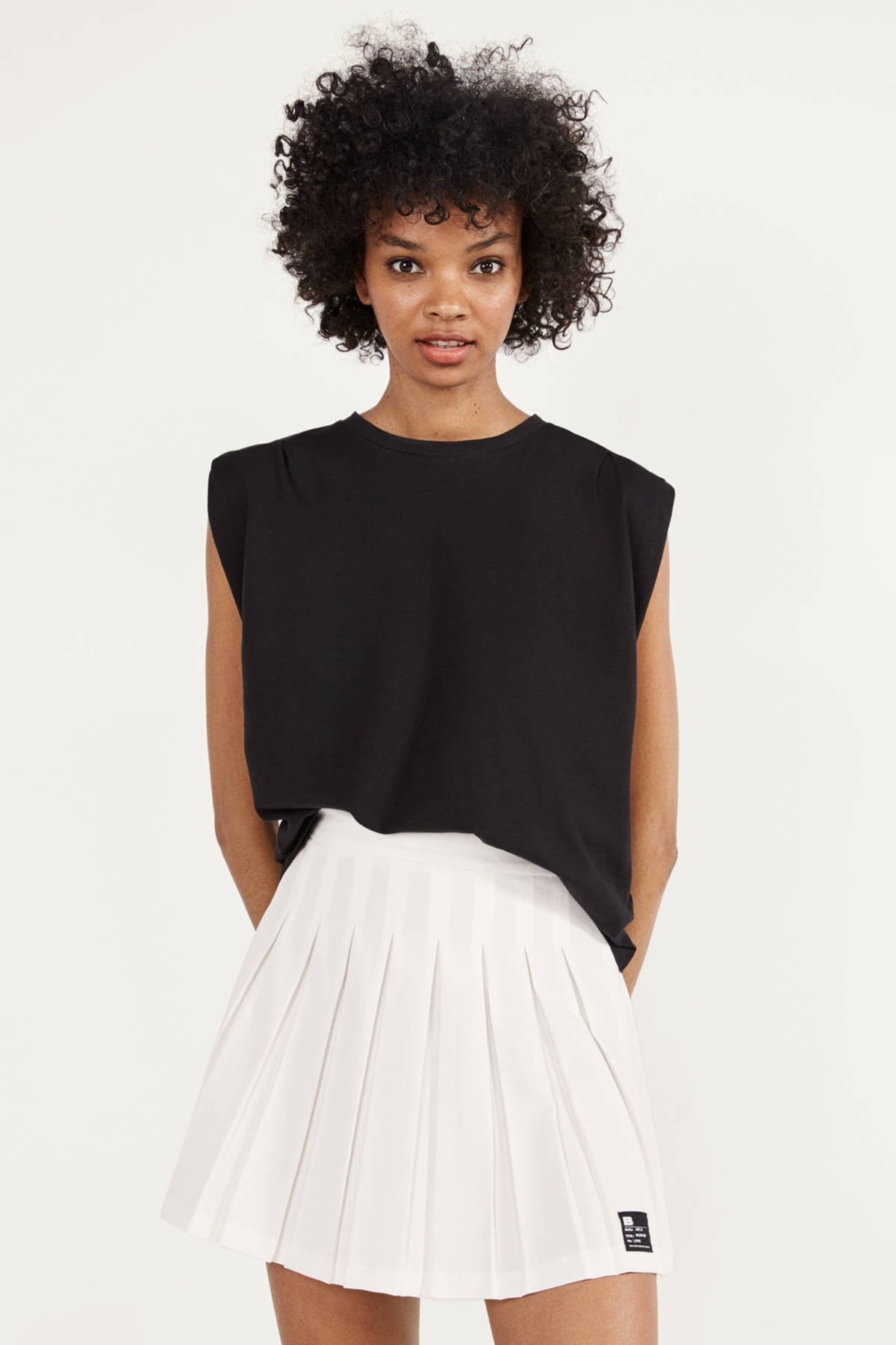 Bershka Kadın Beyaz Pilili Mini Etek 00655168