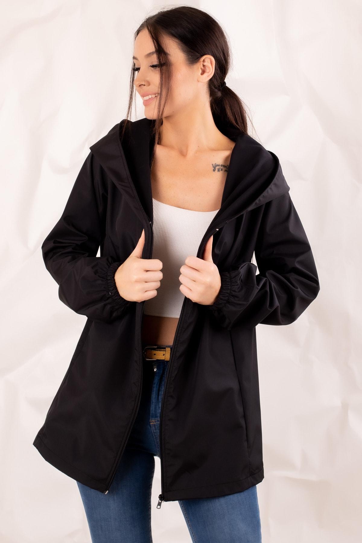 armonika Kadın Siyah Fermuarlı Kapişonlu Yağmurluk ARM-20K001187 1