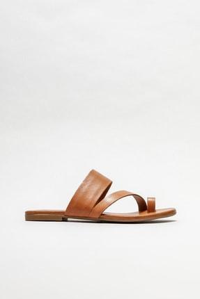 Elle Shoes Taba Deri Kadın Parmakarası Terlik