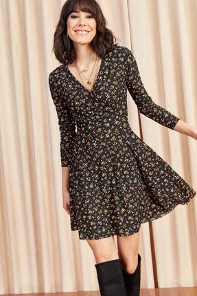 Olalook Kadın Siyah Çiçekli Kruvaze Elbise ELB-19000962 0