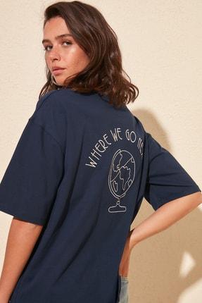 TRENDYOLMİLLA T-Shirt