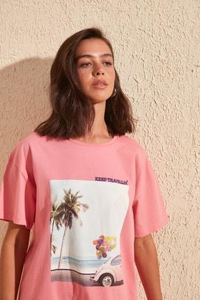 TRENDYOLMİLLA Pembe Baskı ve Nakışlı Boyfriend Örme T-Shirt TWOSS20TS0574 0