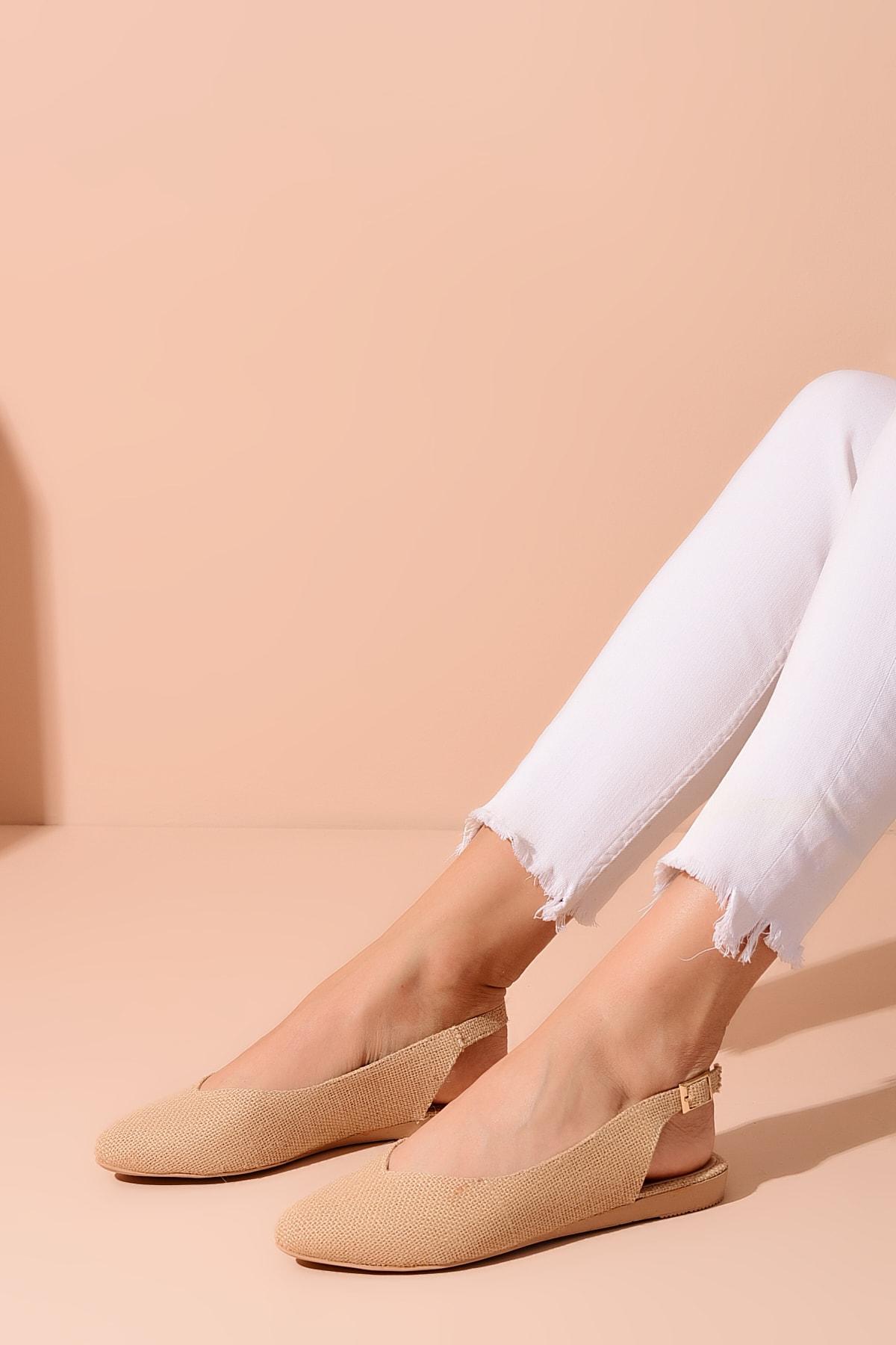 Bej Hasır Kadın Sandalet 20Y 900