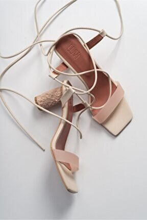 Kadın Ten Cılt Topuklu Sandalet