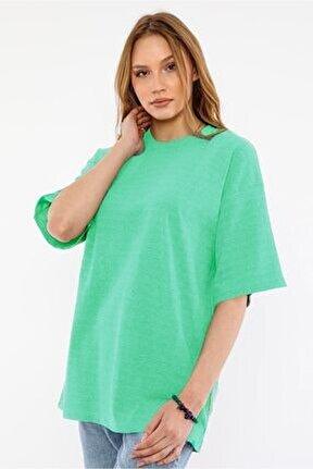 Kadın Açık Yeşil Bisiklet Yaka Tshirt