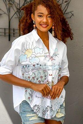 Kadın Beyaz Sevimli Doğa Aşıkları Nakışlı Oversize Gömlek M10010400GM99394