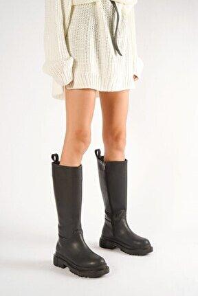 Blanca Siyah Deri Çekme Günlük Kadın Çizme