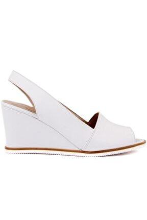 Beyaz Deri Dolgu Topuk Kadın Sandalet