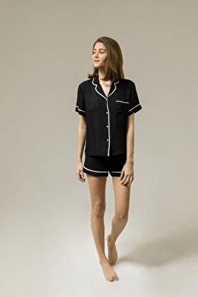Yumuşak Beyaz Saten Biye Detaylı Siyah Viskon Şort Pijama Takımı