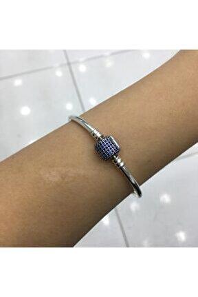 Kadın Mavi Pave Taşlı Charm Gümüş Kelepçe