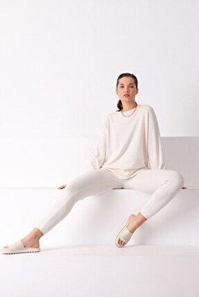 Ekru Dar Paça Kaşmirli Kadın Triko Pantolon