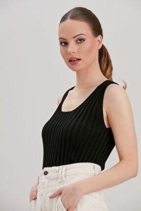 Kadın Siyah Triko Bluz YL-BL99833
