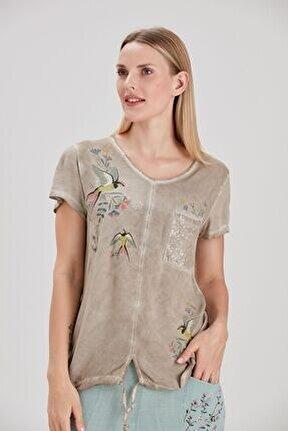 Kadın Taş Etek Ucu Büzgülü Kırlangıç Kuşu Baskılı T-Shirt YL-TS99325