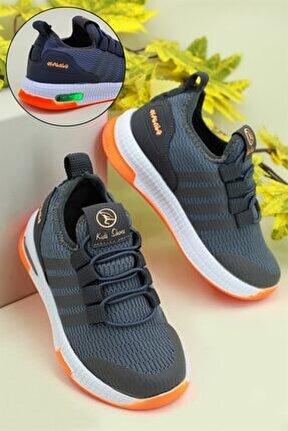Işıklı Rahat Füme Çocuk Spor Ayakkabı 500