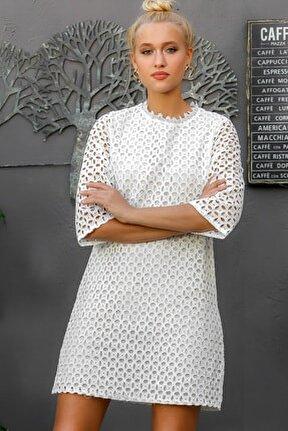 Kadın Beyaz Fisto Kumaş Astarlı 3/4 Kol Dokuma Retro Elbise M10160000EL94168