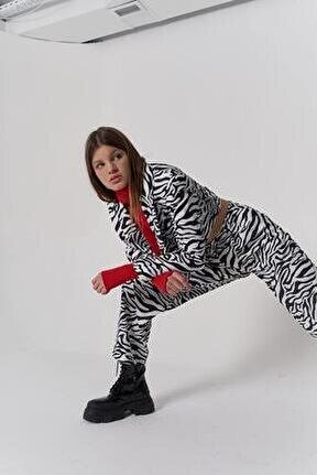 Kadın Siyah Beyaz Zebra Desen Crop Marvin Ceket