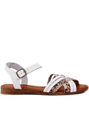 Beyaz Deri Tokalı Kadın Sandalet