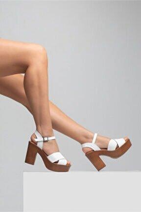 Kadın Beyaz Kalın Topuk Sandalet