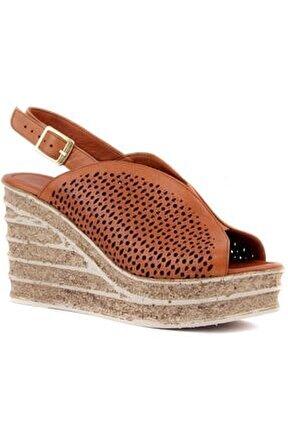 - Taba Deri Kadın Dolgu Topuk Sandalet