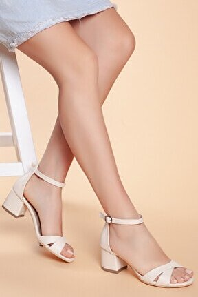 D204 Kadın Günlük Klasik Topuklu Ayakkabı