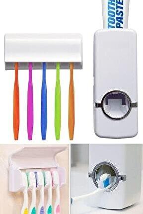 Otomatik Diş Macunu Sıkacağı Ve 5'li Diş Fırçalığı