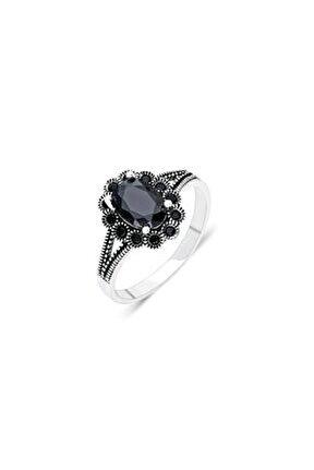 Kadın Gümüş Yüzük Siyah Renk Oniks Taşlı Yüzüğü Yzk 345