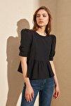 Siyah Volan Detaylı Bluz TWOSS20BZ0494
