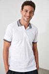 Beyaz Erkek Jakarlı Yaka Üzeri Çizgili Polo Yaka T-shirt TMNSS20PO0010
