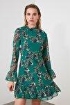 Zümrüt Yeşili Çiçek Desenli Elbise TCLAW19LJ0076
