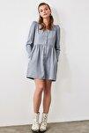 Mavi Düğme Detaylı Kadife Elbise TOFAW19ST0191